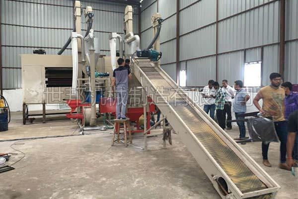 印度铝塑分离设备安装现场